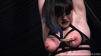 spanking twink russe Hentai shemale fucked in threesome