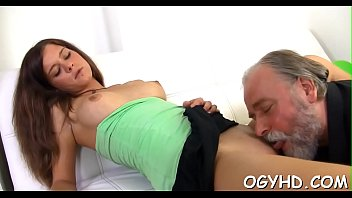 boy fickt olde cum frau Pretty slutty 40 year old black cock