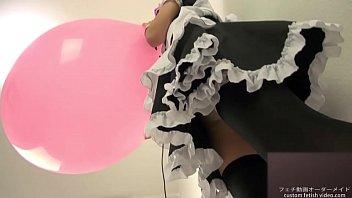 water balloon pop2 Sweet girls beautyfuu