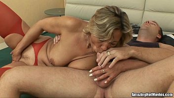 mature cum double Mom strapon anal