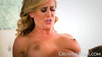 hub porno download super star Mom showing how to do creampie