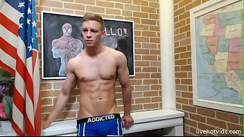 muscle poppers twink Indian punjabi shucking