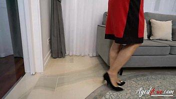 grandma 30cm in Alexis texas dances nude