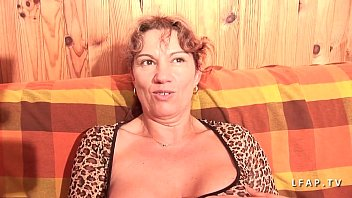 double rough mature A good body massage for our girl jazmyn