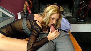 handjob blonde hot Drunk girl ducked at party