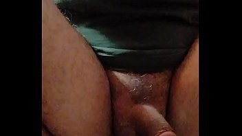 pooping girl jeans Biti feet biting3