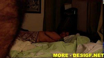 naked3 indian bhabhi Pertama kali pecah dara