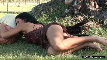 brown hair strips clothes her Virgin de 12 sos