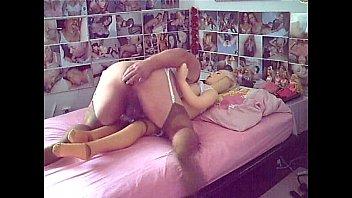 hewitt jennifer cumon no5 lovely Abuelas estrapon lesvianas con jovenes