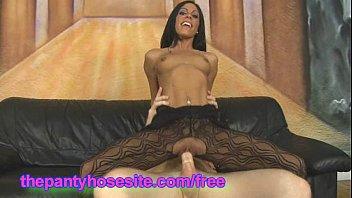 pantyhose joy nylon latina tera showers in Hypnotising to jerk