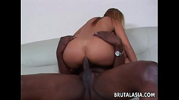off dick dude has is she a nice the sucking White ghetto milf vanessa