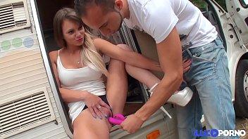 baise gitanes qui Tranny prostitute in hotel