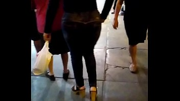 culonas peru surco de lima Kim kardashian in shower