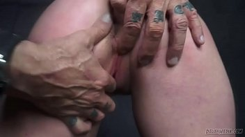 girl sheos worship amazing slave mistress Milf acquires on the very top of dirty pleasures