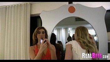 girls x door hamster out peeing nude Karina kapoor xxxx