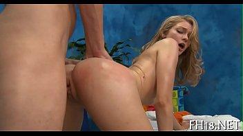 sexy nude massage Desi girl chudai pahle bar downdlod