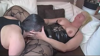 frau cum fickt olde boy Wife brings her gf for husband threesome