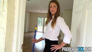 estate real agent sexy Japanese aerobic teacher piss