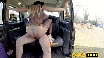 taxi fake girl Korean man gives somepleasure