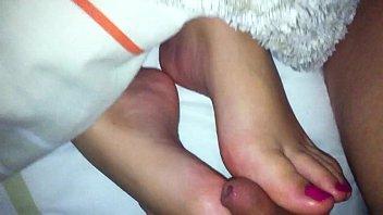 shotokan feet cum Incesto japones padre e hija