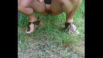 pee mary carey Feet clean slave