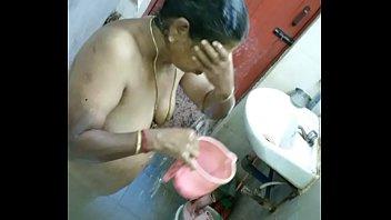 illigal andra aunty Cewe tegal hot