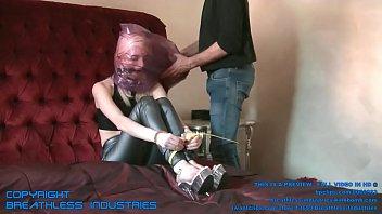 colo no rabudasentando Emily orgasm control