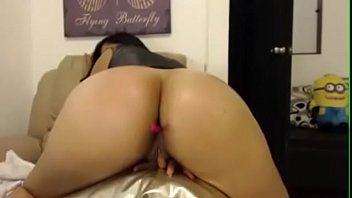 real sex with the boss Glamour babe sunny leone strips and shows her juic