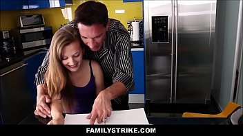 bed dad sear daughter Ftv girls leia