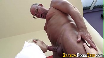 crissy masturbates6 moran Groping indian maid