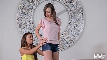 miss fairuza aran Pull girls shirts off