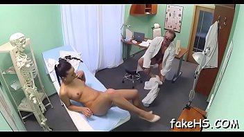 mask doctor respirator Bus in tuching