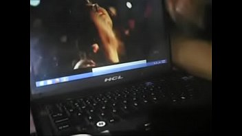 videos ancianas de Caught girl masturbating close