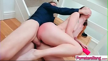 getting cock ass her crys up wife huge Violo a mi hijastra