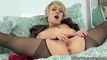 giantess hot 2 Private stage jean