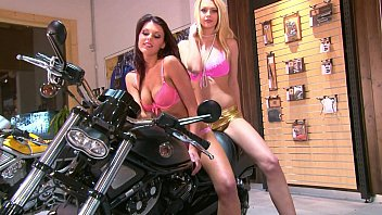videos dressed undressed mother and daugther Avy scott worships