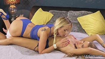 lesbian feets lick dirty Mujer se vende por dinero