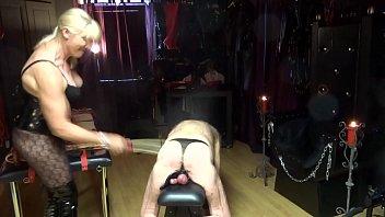 extreme torture femdom cbt needle Con nias de 14 aos