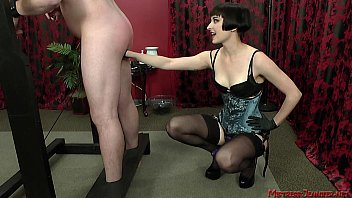 mistress pee slave feemdom Cum on my panty