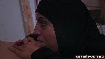 vido arab tarma top sax Schoolgirl swallows cum