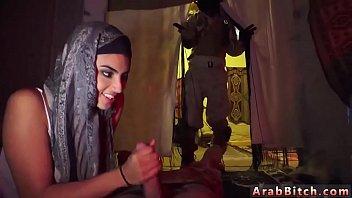 hijab arab de france moarocaines Amira ben dhaou en chaleur et bourree free porn movies