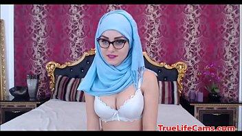 porntubemovs webcam hq muslim jilbab porn 2 hijab Teen fis first time